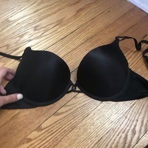 Victoria's Sercret add 2 cup sizes Miraculous Bra